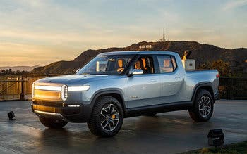Amazon y General Motors estudian invertir en las pickups eléctricas de Rivian