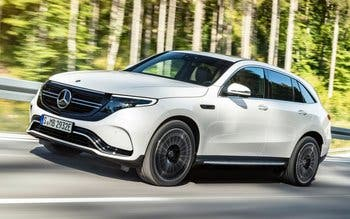 Mercedes-Benz-EQC-2020-19