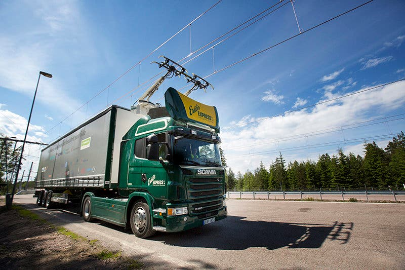 Electric road hybrid truck, Scania G 360 4x2 (Hybrid Truck with Siemens pantograph on the roof)Gävle, SwedenPhoto: Tobias Ohls 2016