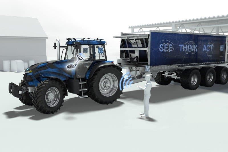 05-3_ZF_Innovation_Tractor_SafeRange_corporate_gallery_landscape