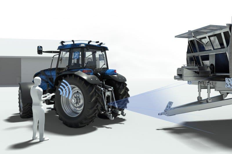 05-4_ZF_Innovation_Tractor_Hitch_Detection_corporate_gallery_landscape
