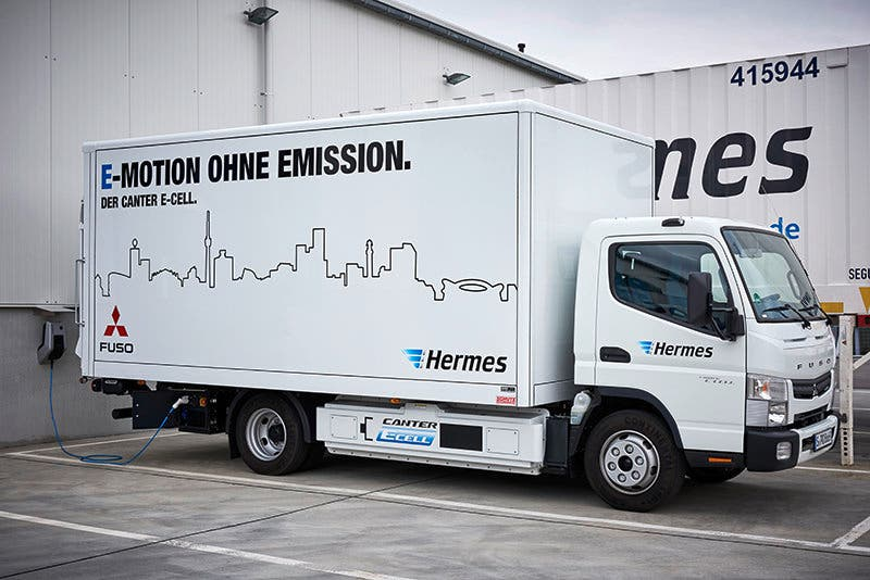 Fuso Trucks; Fuso Canter E-Cell im Flottentest; voll-elektrischer Leicht-Lkw; lokal emissionsfreier Antrieb; Hermes; Stadt Stuttgart ;Fuso Trucks; Fuso Canter E-Cell fleet trail; all-eletric light-duty; locally emission-free drive truck; Hermes; Stuttgart;