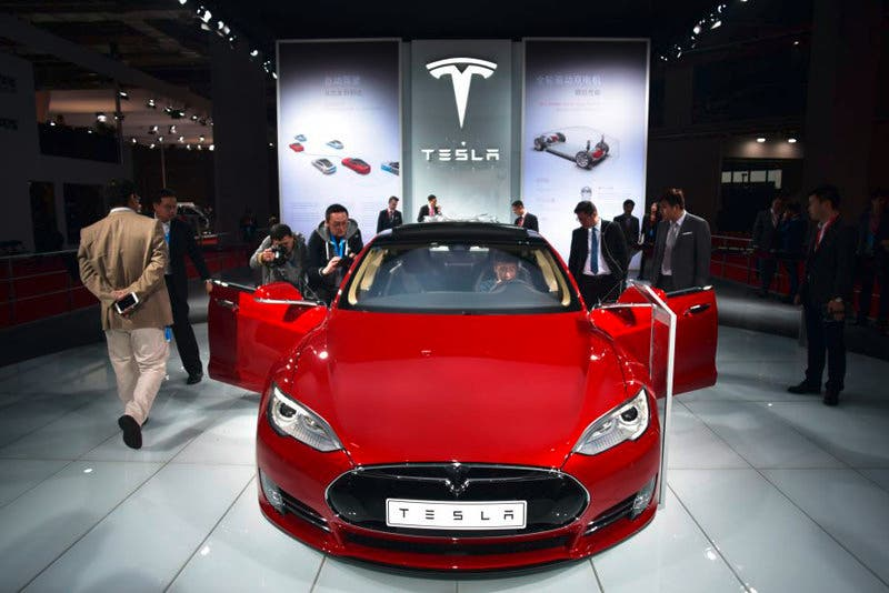 Tesla prepara el asalto al mayor mercado de coches eléctricos (China).