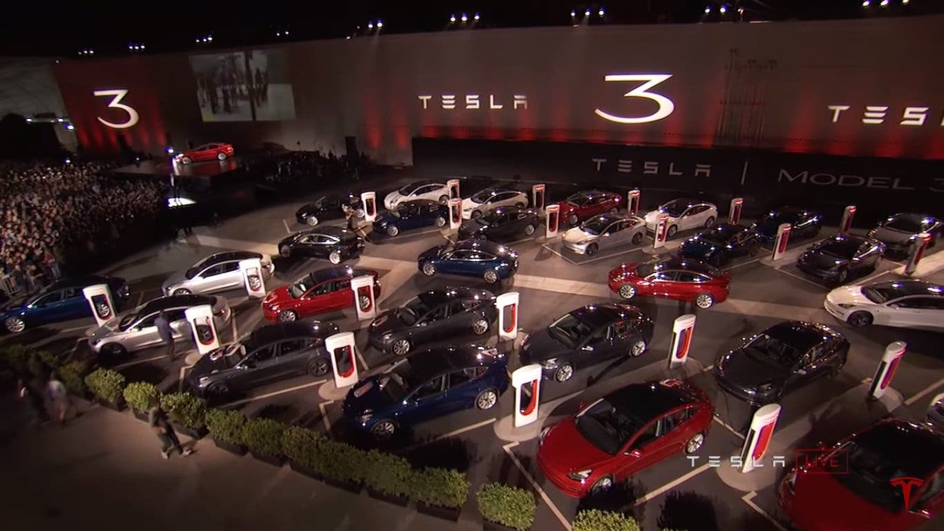 Tesla Model 3 - Evento de entrega
