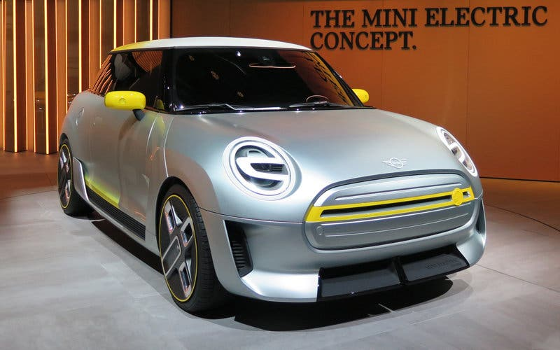 mini-electric-concept-frankfurt-2017-hye