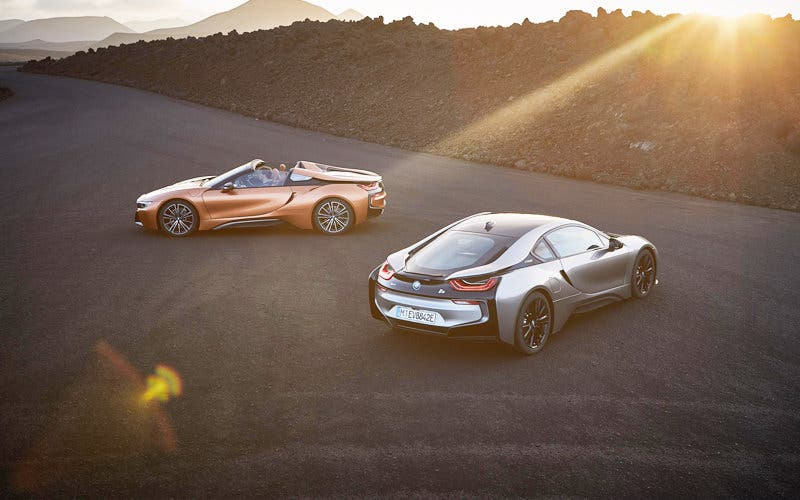 BMW i8 Roadster y BMW i8 Coupe
