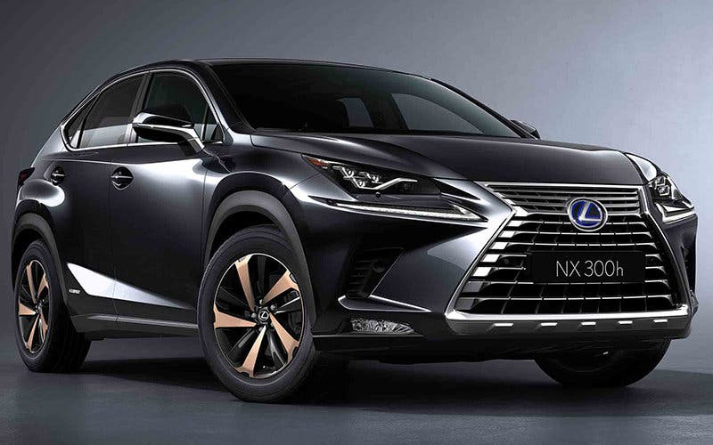 2018-Lexus-NX-300h-front-three-quarter-02