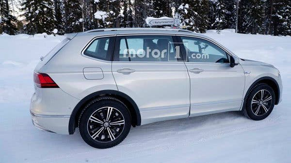 vw-tiguan-phev-spy-photo-2-750x422