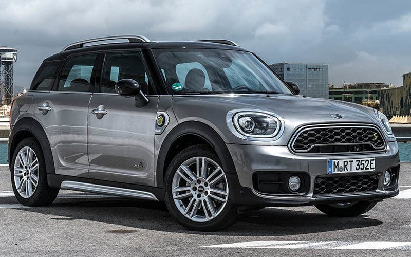 Mini-Countryman_Plug-in_Hybrid-2017-1600-03