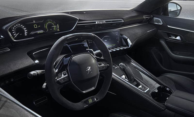 Interior del Peugeot Sport Engineering 508 concept