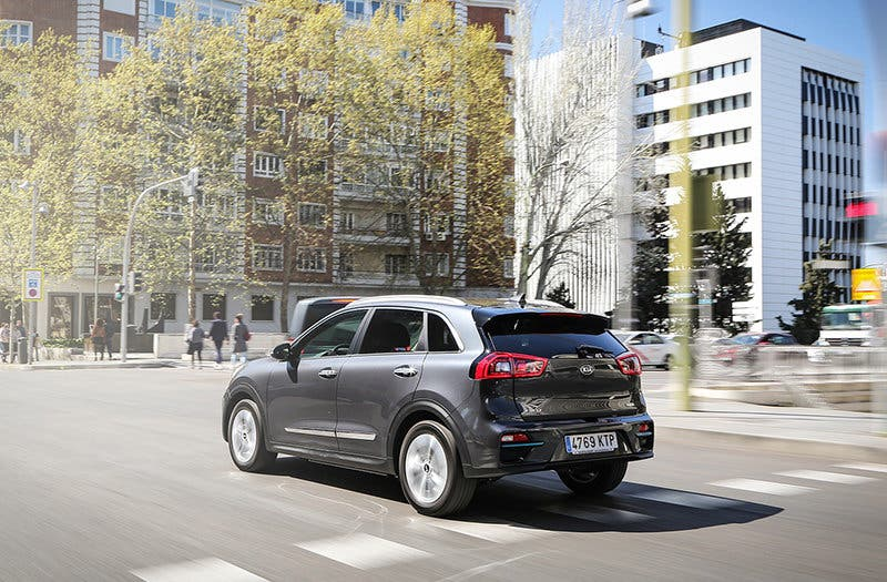 KIA E-NIRO EMOTION PACK LUXURY PLATINUM GRAPHITE - CALIDAD WEB_012