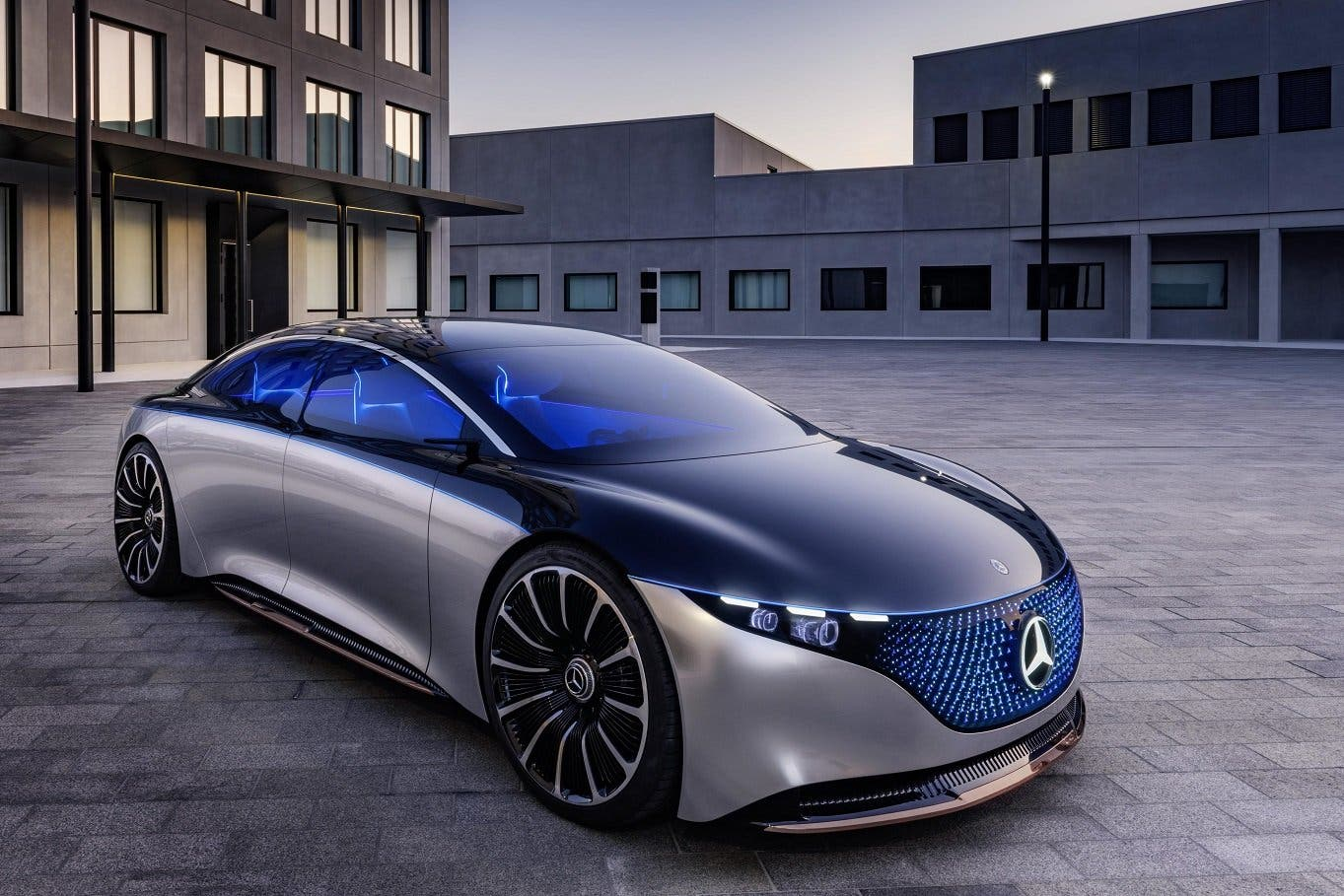 mercedes-benz-vision-eqs-02