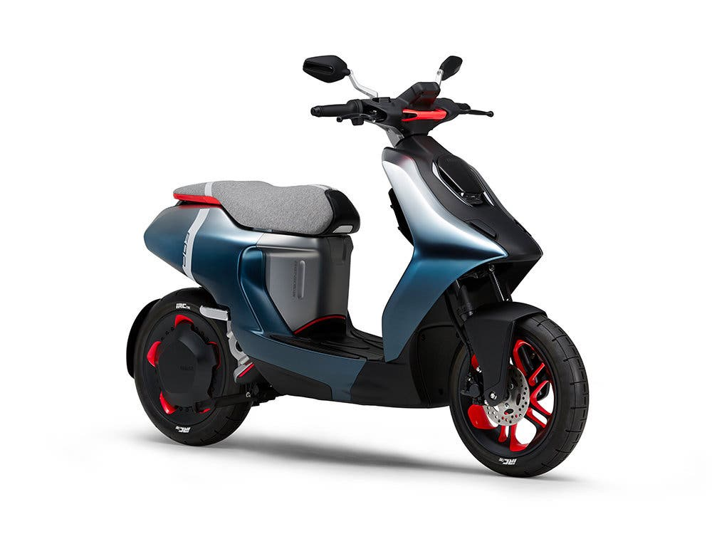 yamaha-e02-scooter-electrica