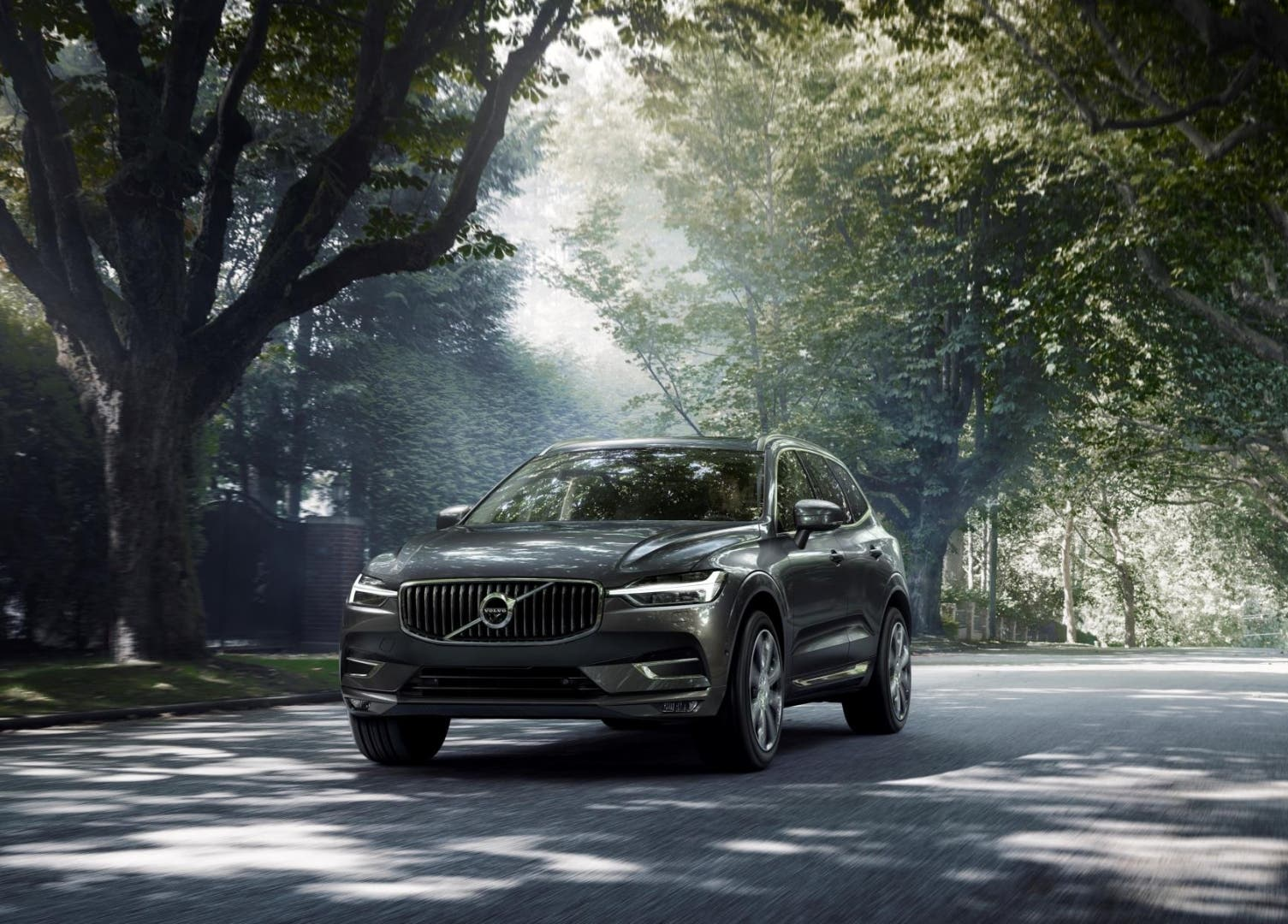 volvo-xc60-t6-recharge-awd-03