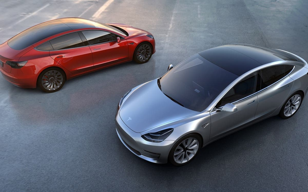 Compra accidentalmente 28 Tesla Model 3 y acaba con una factura millonaria